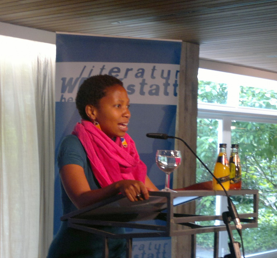 "Ngwatilo Mawiyoo reads and performs poems from her anthology ""Blue Mothertongue"""
